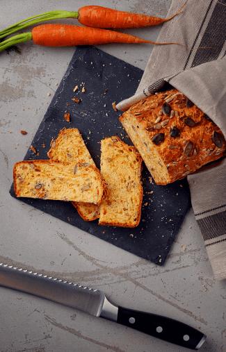 Unser Brot: Dinkel Moehren Knifte